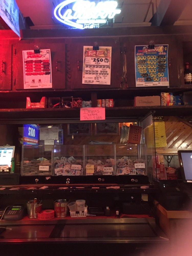 Beck's Pub: Becker, MN