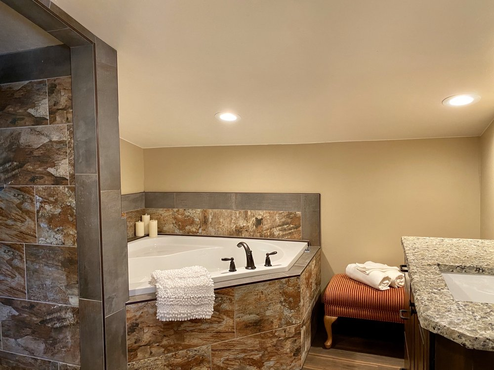 Zion Cliff Lodge: 620 N Juniper St, Hurricane, UT
