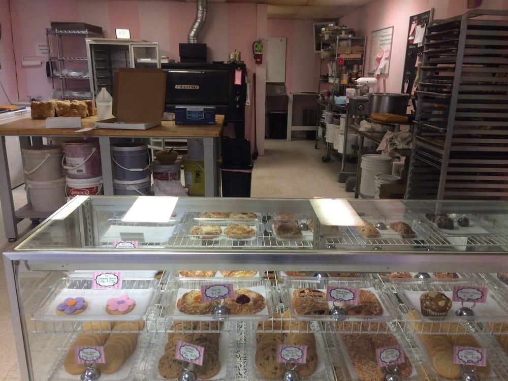 Hilda's Sweet Shop: 601 N Main St, Altus, OK