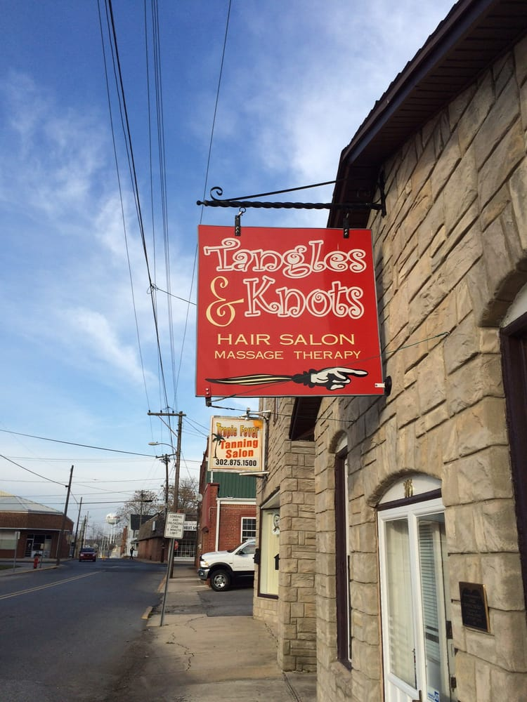 Tangles & Knots: 305 S Poplar St, Laurel, DE
