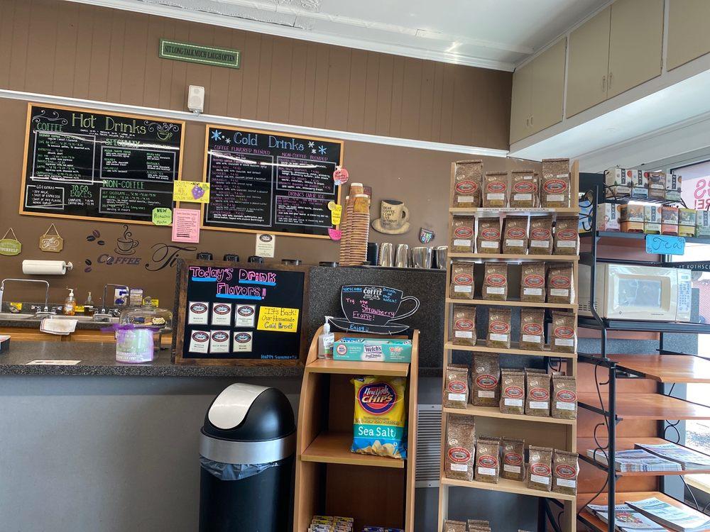 COFFEE CORNER: 32 Main St, Hilton, NY