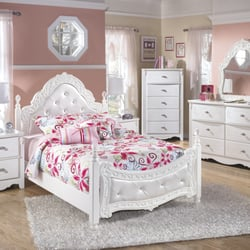 Bon Photo Of Dream Rooms Furniture   Houston, TX, United States. Big Selection  Of