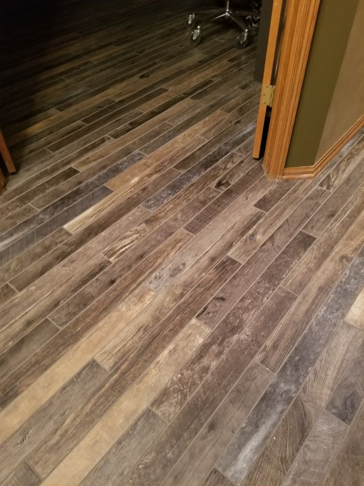 Kelly's Carpet: 4615 Vine St, Lincoln, NE
