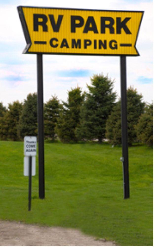 RV Campgrounds: 15 E St, Shelby, IA