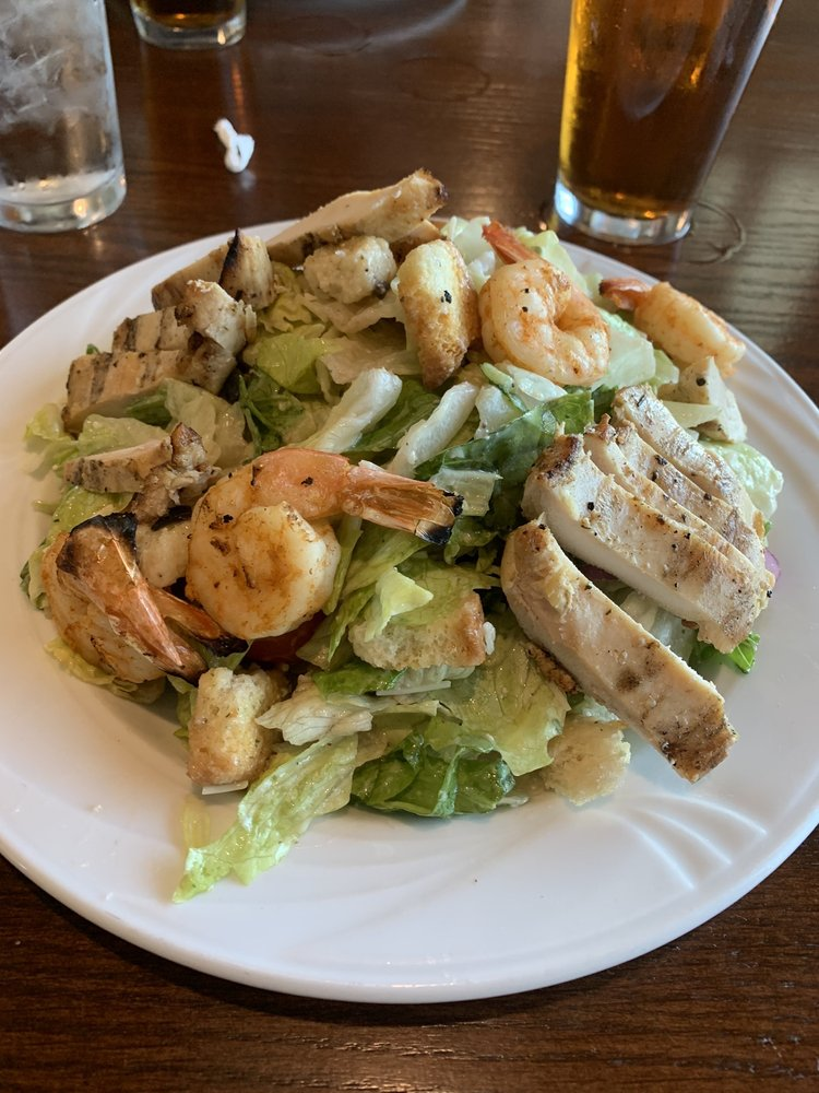 Cambridge Grill: 1034 Beacon Hill, Evansville, IN