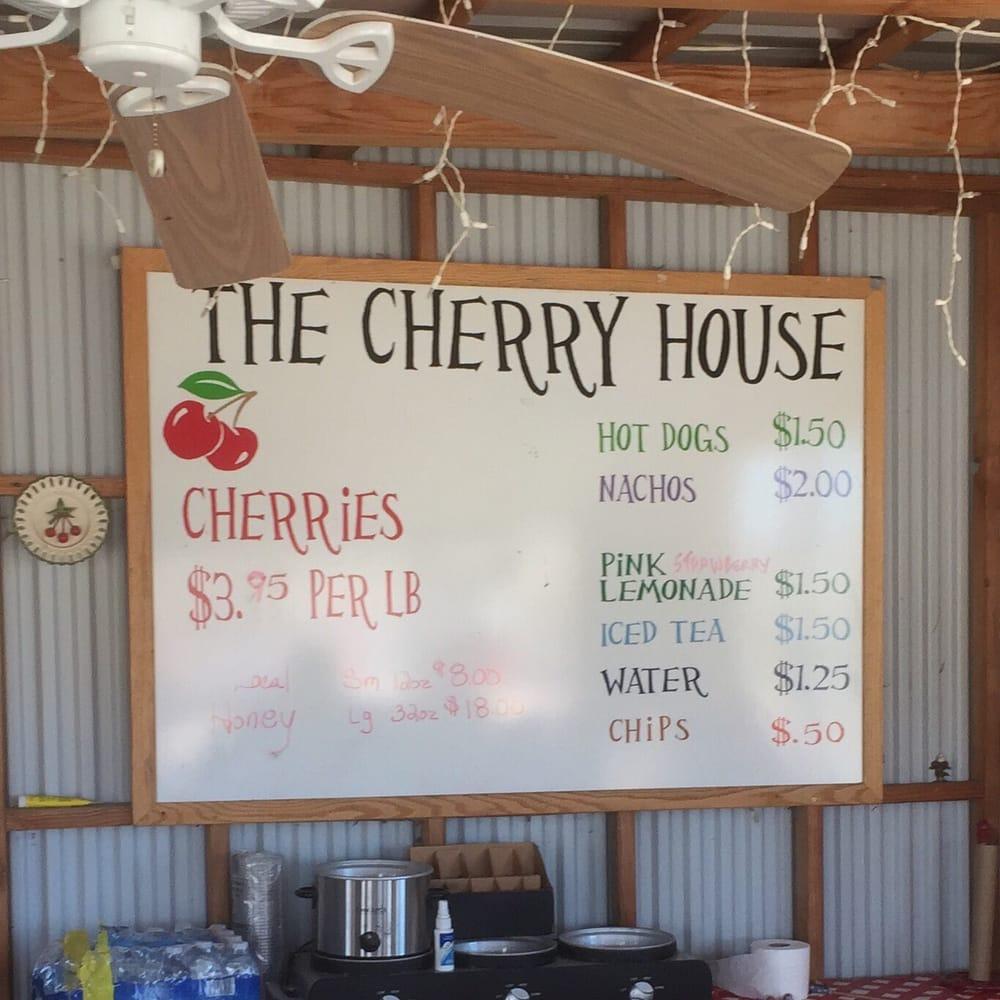 The Cherry House: 10600 Leona Ave, Palmdale, CA