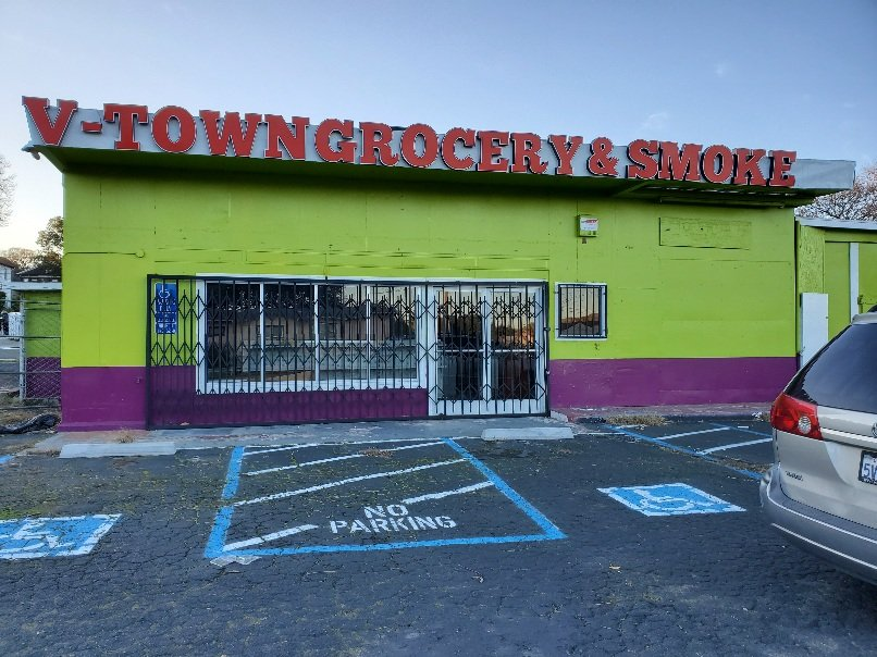 V-Town Grocery & Smoke: 10 Broadway, Vallejo, CA