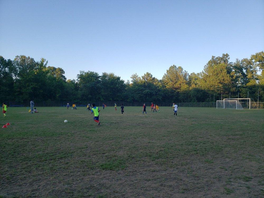 Homer E. Hayes Soccer Complex: 200 Glen Crest Dr, Fairfield, AL