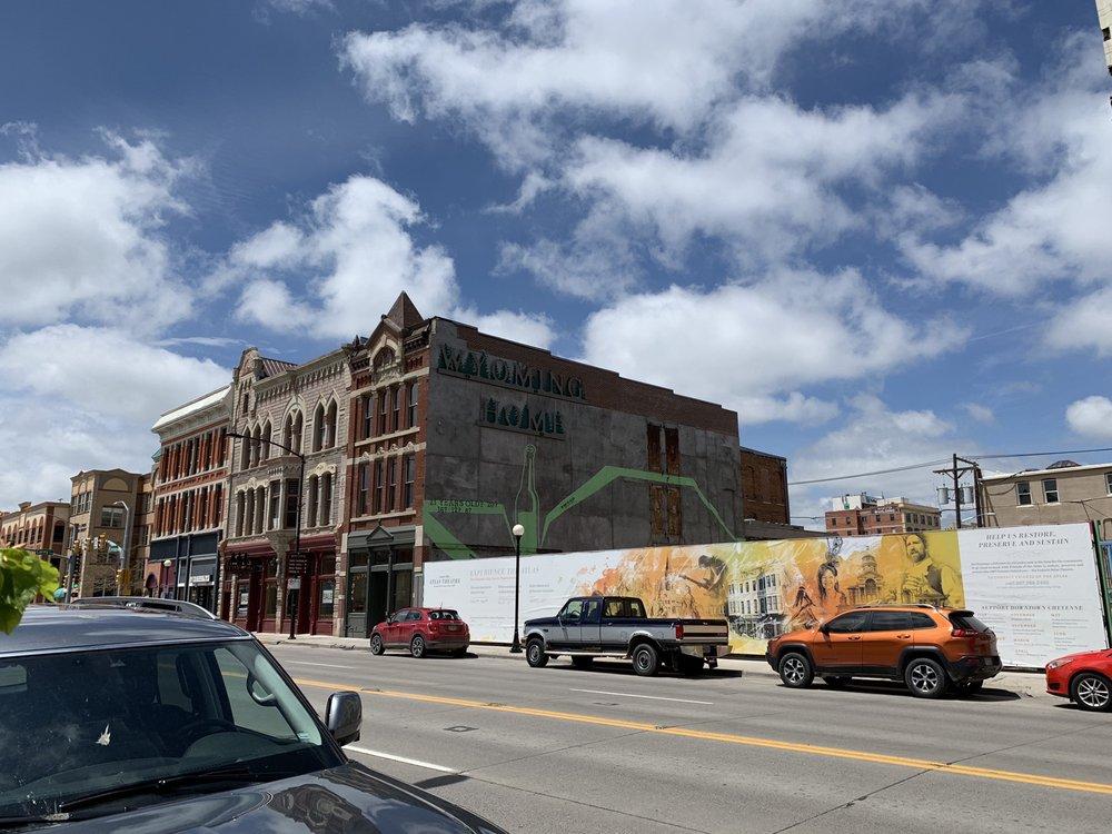 The Wrangler: 201 Lincoln Way, Cheyenne, WY