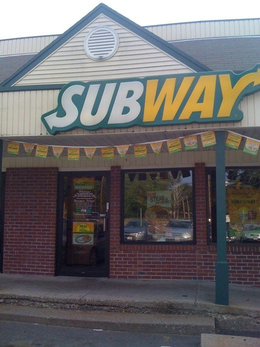 Subway: Crystal Spring Plz, Belchertown, MA