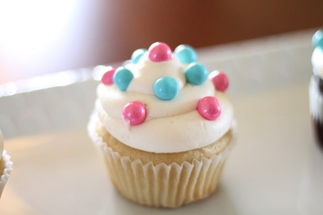 Cupcake to reveal the sex of a baby before     - Yelp
