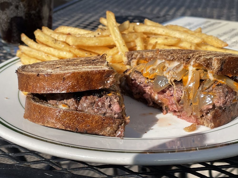 Ad Astra Food & Drink: 318 Cottonwood St, Strong City, KS