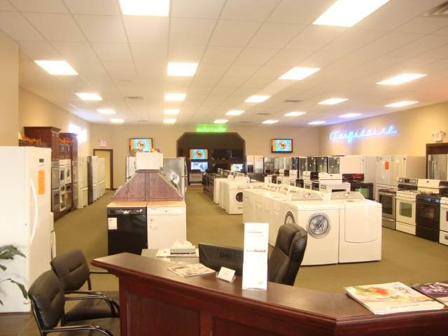 Kettle Moraine Appliance and Sleep Center: 7259 Sleepy Hollow Rd, West Bend, WI
