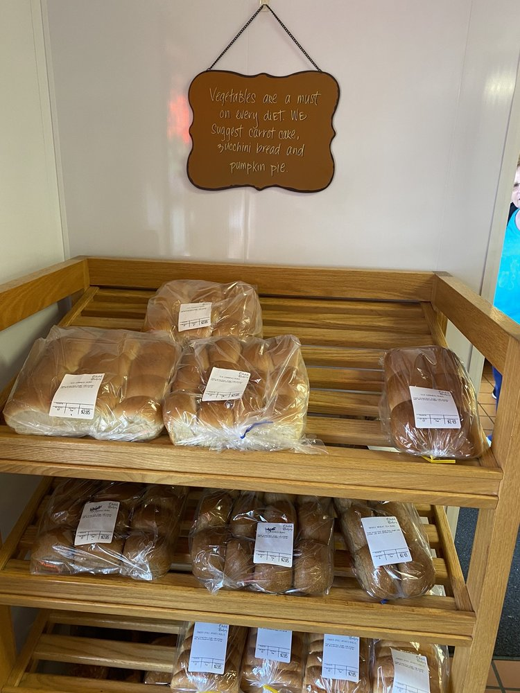 Chetek Bakery: 608 2nd St, Chetek, WI