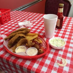 D L Catfish Shack
