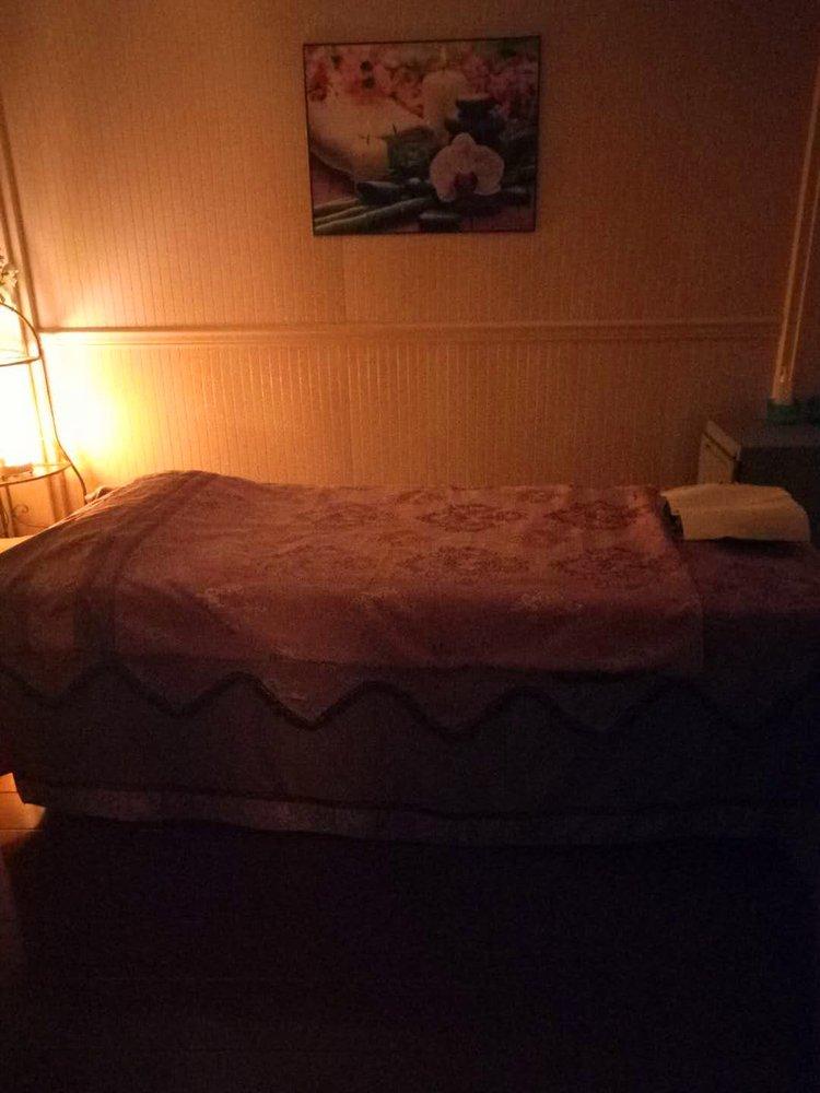 Carnation Asian Massage: 3508 Broadway, Everett, WA