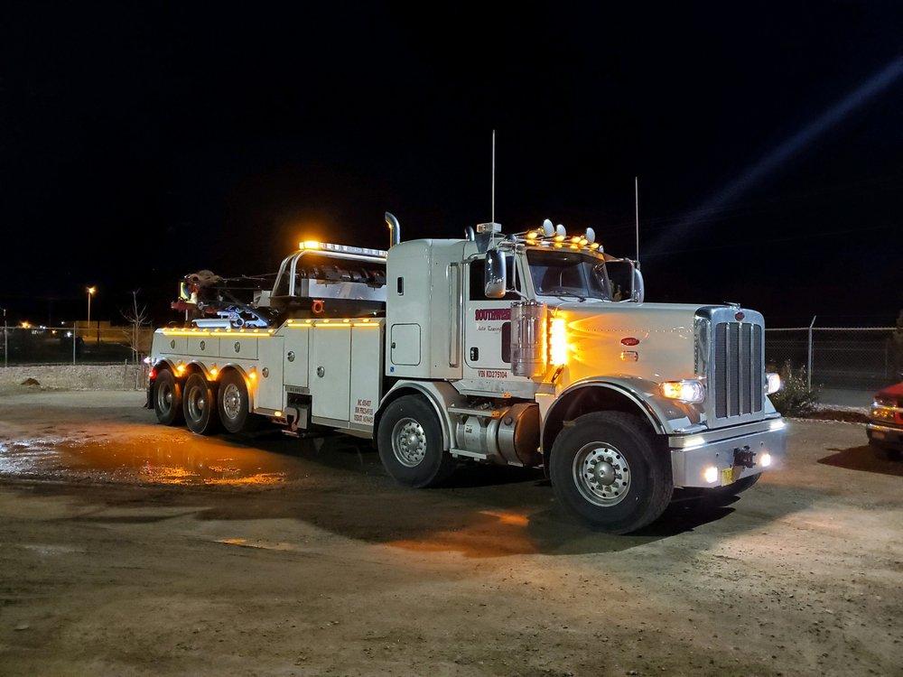Towing business in Farmington, NM