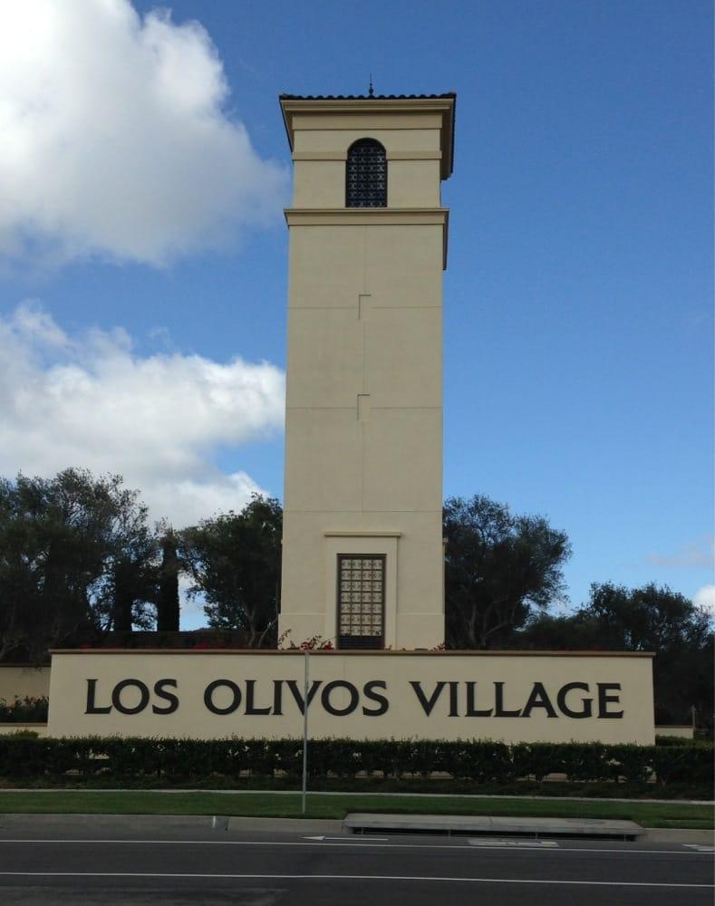 Los Olivos Apartment Village