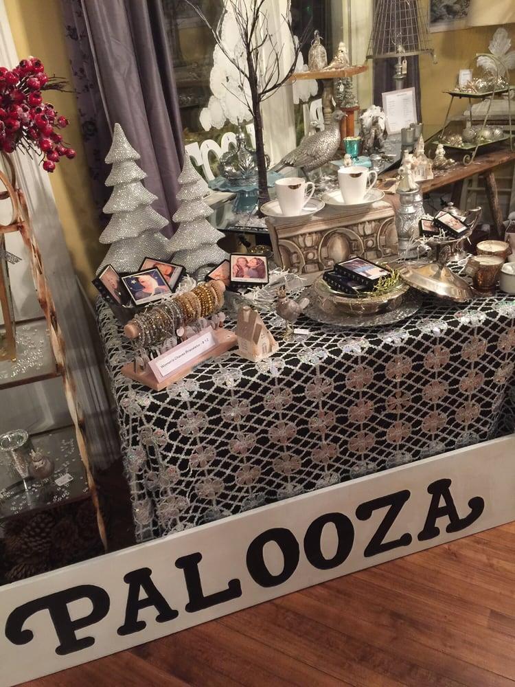 Palooza magasin de meuble 2750 johnson st ne for Meuble johnson