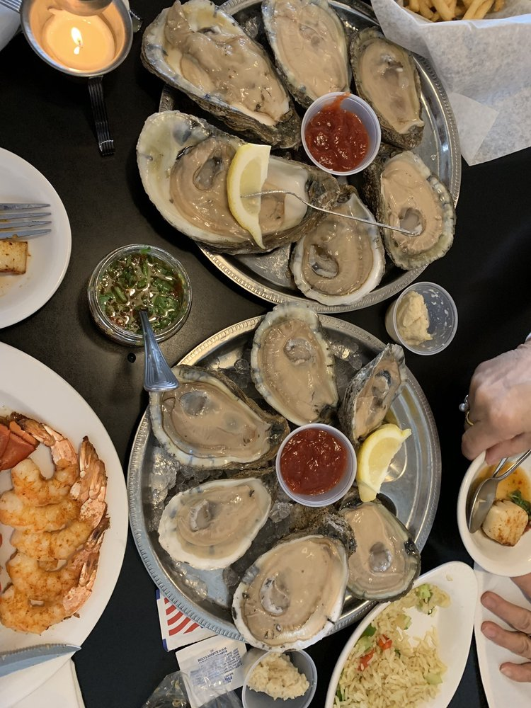 Waterfront Seafood Restaurant: 2414 SE Tones Dr, Ankeny, IA