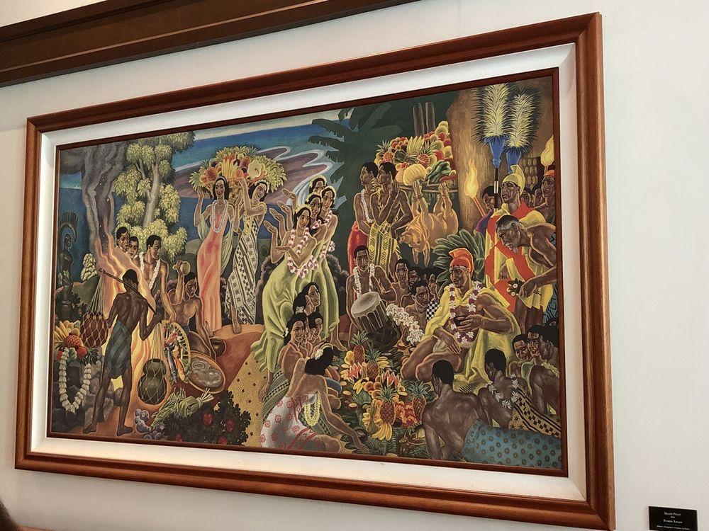 Historical Tour Of The Royal Hawaiian