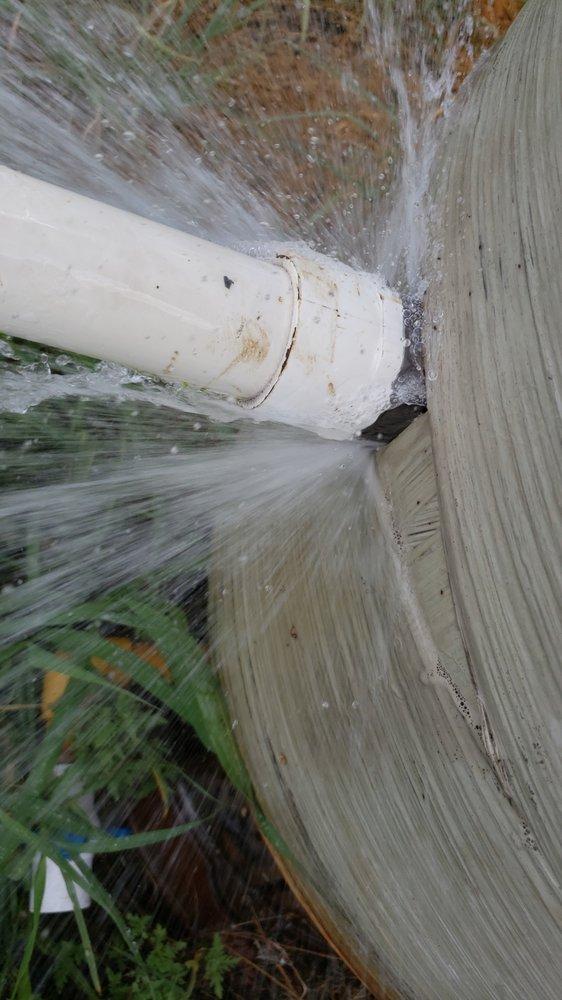 Walker Plumbing: 123 Bright St, Gonzales, TX