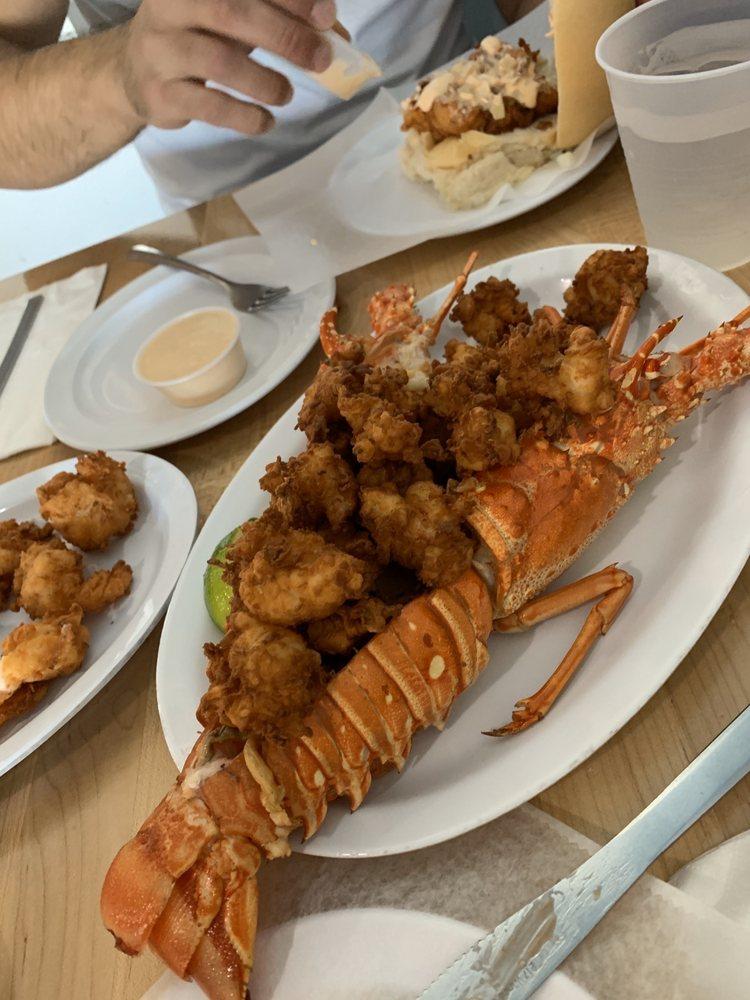 La Camaronera Seafood Joint & Fish Market