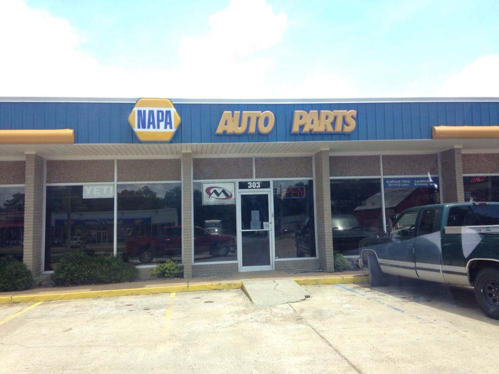 Cn Auto and Truck Parts: 303 N Davis Ave, Cleveland, MS