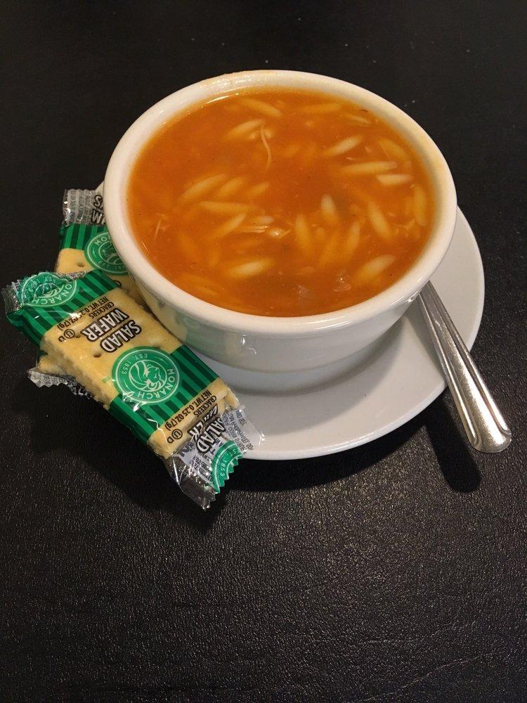 Gresa's Cafe: 108 N Chestnut St, De Soto, IL