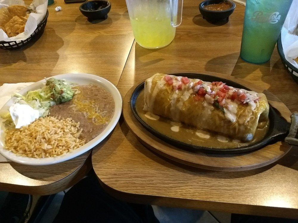 Los Rivera's Mexican Grill: 700 N Koeller St, Oshkosh, WI