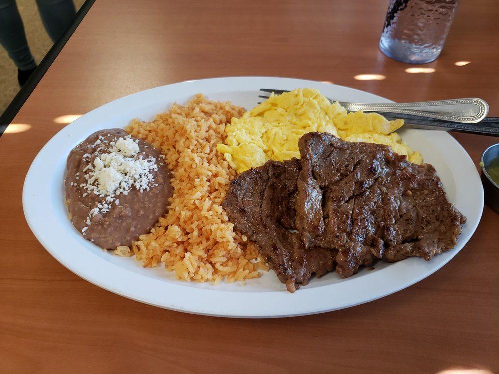 Sunshine Mexican Cafe: 406 N Scott St, Joliet, IL