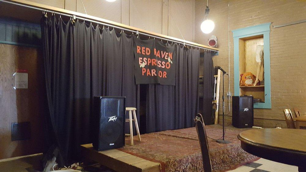 Red Raven Espresso Parlor: 916 Main Ave, Fargo, ND