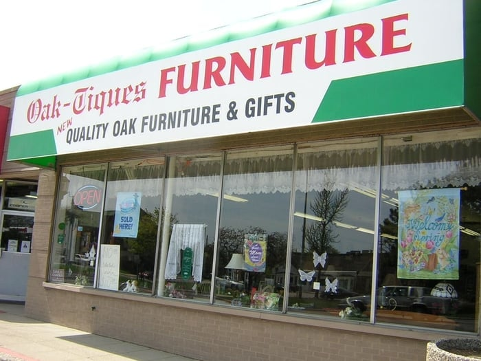 Oak Tiques Furniture Closed Furniture Stores 28345 Gratiot Ave Roseville Mi Phone