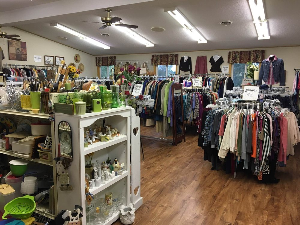 Grace Church Thrift Shop: E4357 451st Ave, Menomonie, WI