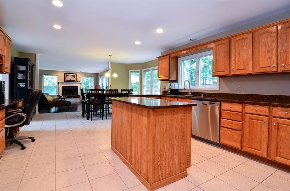 Bargain Professional Painting: 411 S 13th St, Chesterton, IN