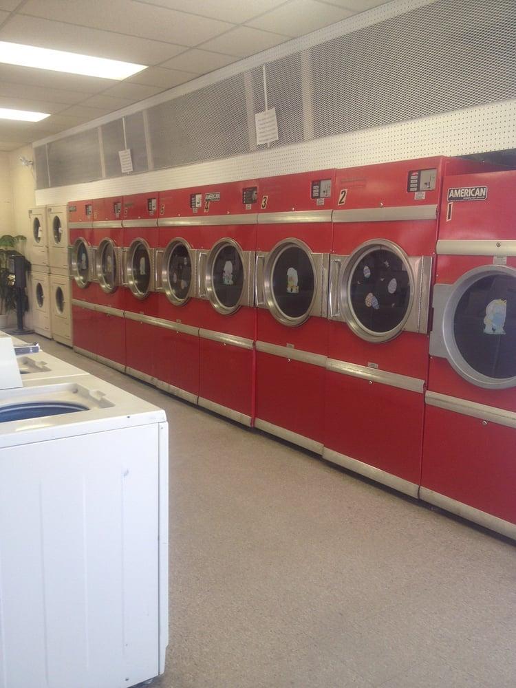 Clean Critter Laundromat: 230 N Montana St, Dillon, MT