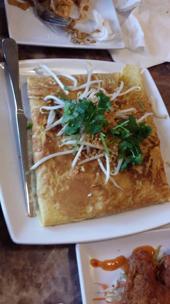 Pad Thai Omelette $10.25 - Yelp
