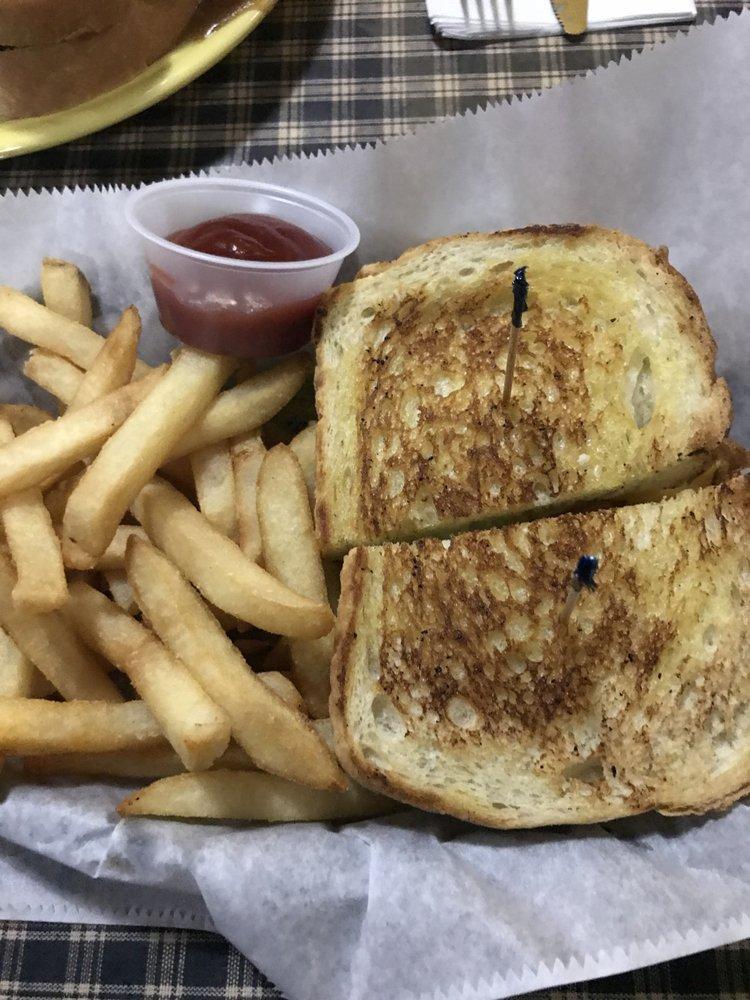 Shulligan's Sports Bar & Grill: 2422 Brodhead Rd, Aliquippa, PA