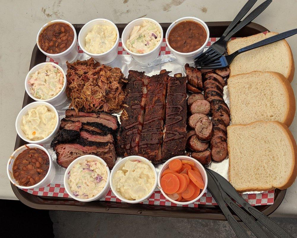Onery Hog BBQ: 686 N Tegner St, Wickenburg, AZ