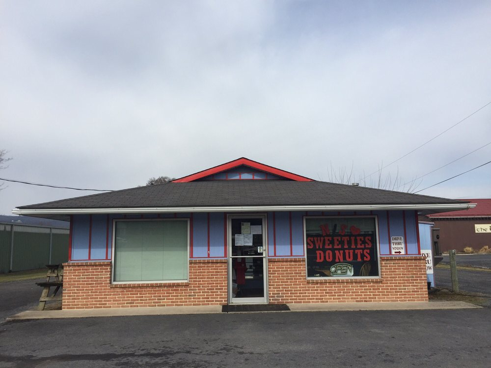 N/S Sweeties: 4990 E Main St, Belleville, PA