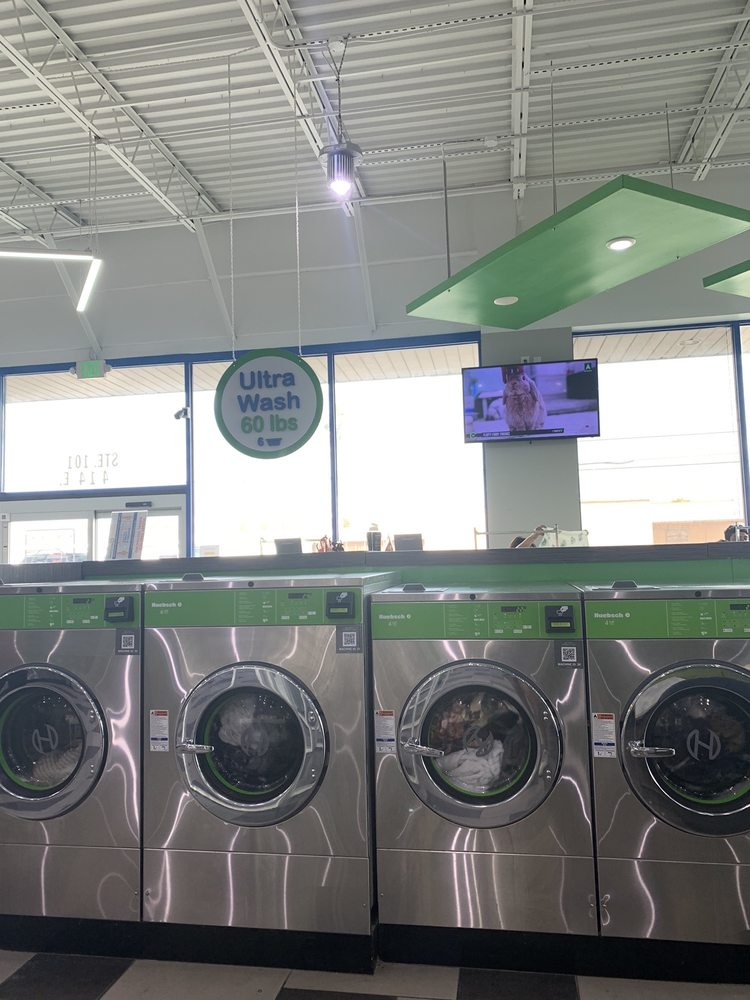 SpinXpress Laundry - Pharr: 414 Us-83 Bus, Pharr, TX