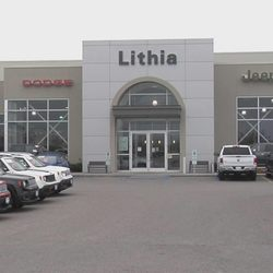 Car Dealerships In Grand Forks Nd >> Lithia Chrysler Jeep Dodge Of Grand Forks 2373 32nd Ave S