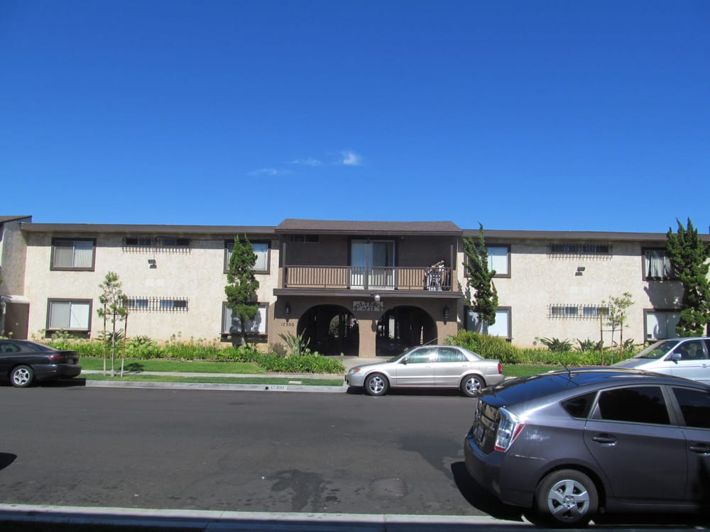 Solteros Apartments Huntington Beach