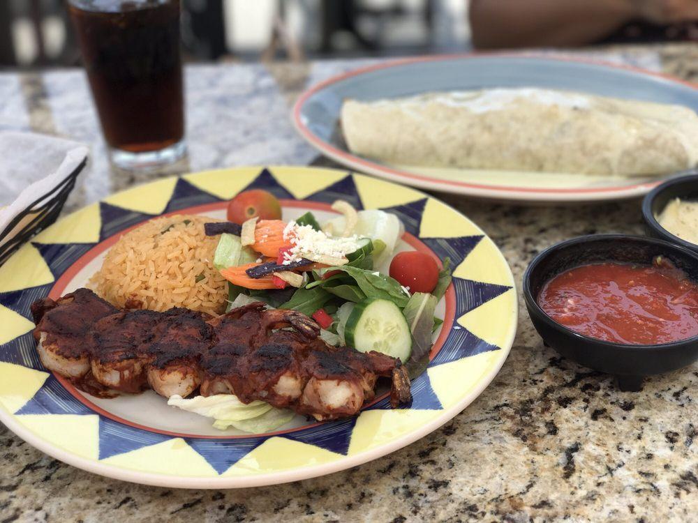 Rocas Mexican Grill: 7523 Lee Hwy, Radford, VA