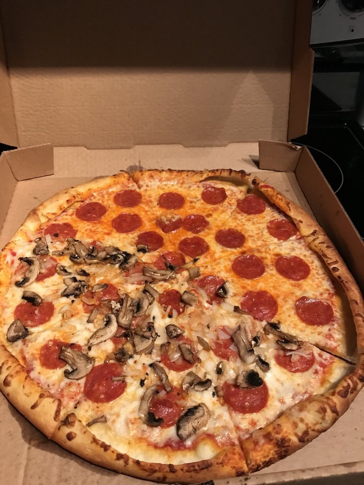 Giovanna's Pizza: 614 16th St, Phenix City, AL