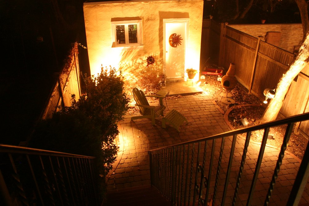 Firefly Landscape Lighting: 7 Derfuss Ln, Blauvelt, NY