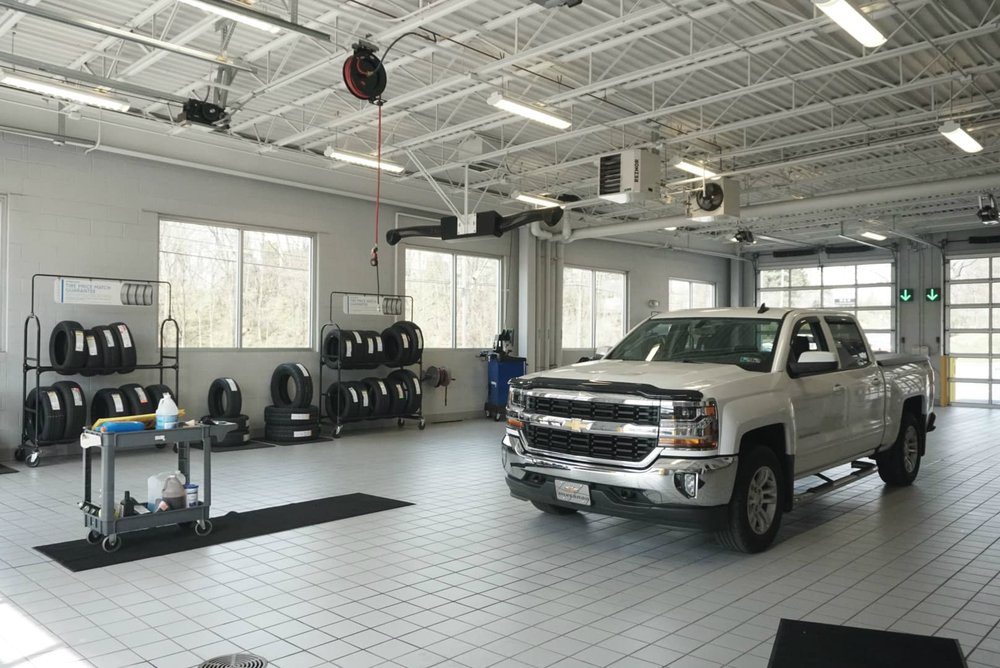 H And H Chevrolet >> H H Chevrolet Cadillac Car Dealers 730 E King St