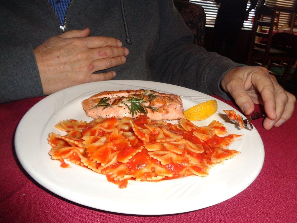 Isabella's Ristorante Italiano: 330 6th St, Redlands, CA