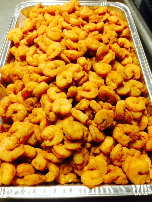 Big pan of fried shrimps yelp for Fish market savannah ga