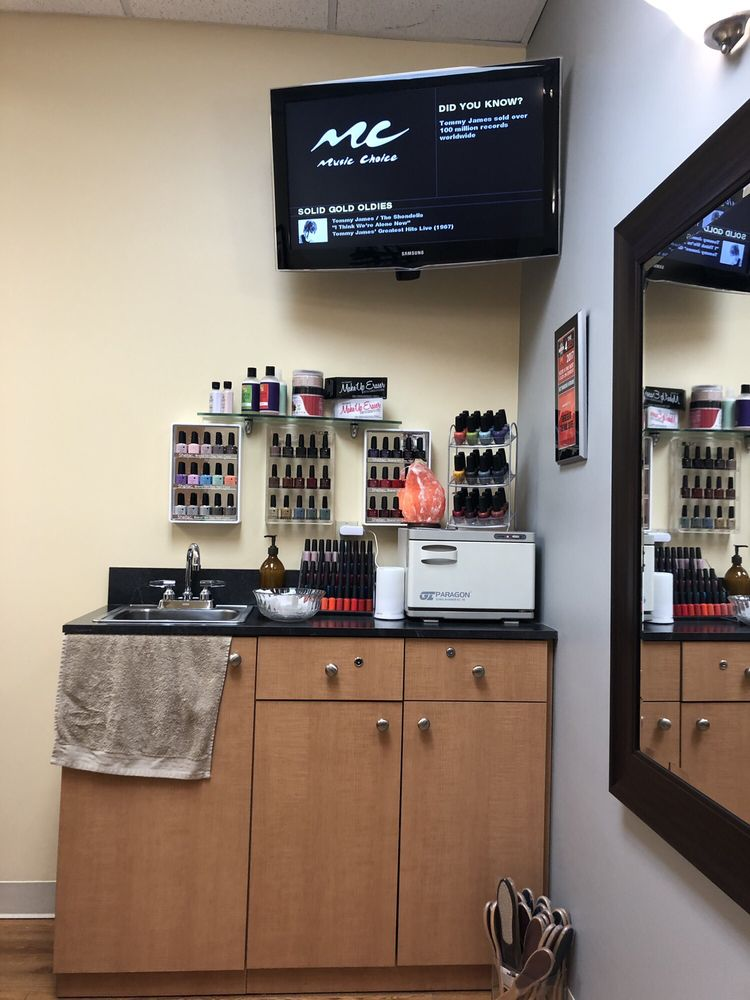Therese At the Nail Suite: 48697 Hayes Rd, Shelby Township, MI